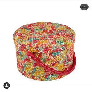 Liberty of London fabric sewing storage box 🌷